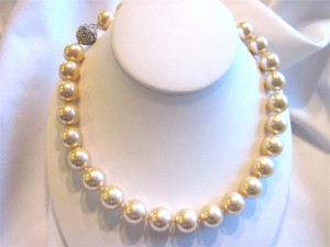 Champagne Fresh Water Shell Pearl Necklace img_0652